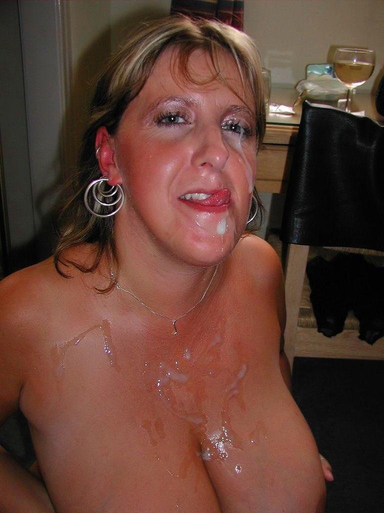 Литры спермы на лице у девушек