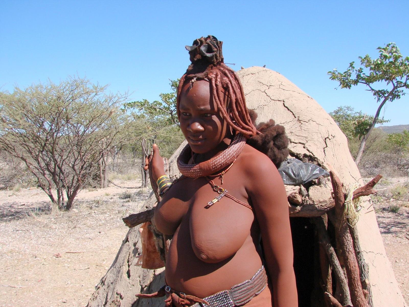 golie-zhenshini-afrikanskih-plemen