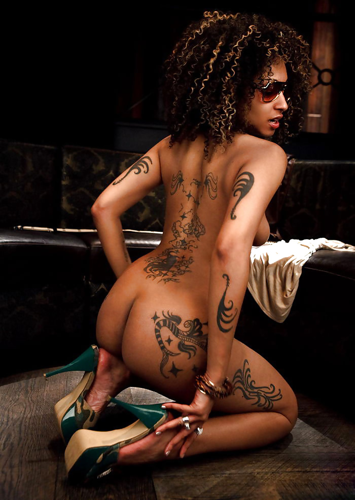 sexiest-nude-ebony-with-tattoos-pk-hot-naked