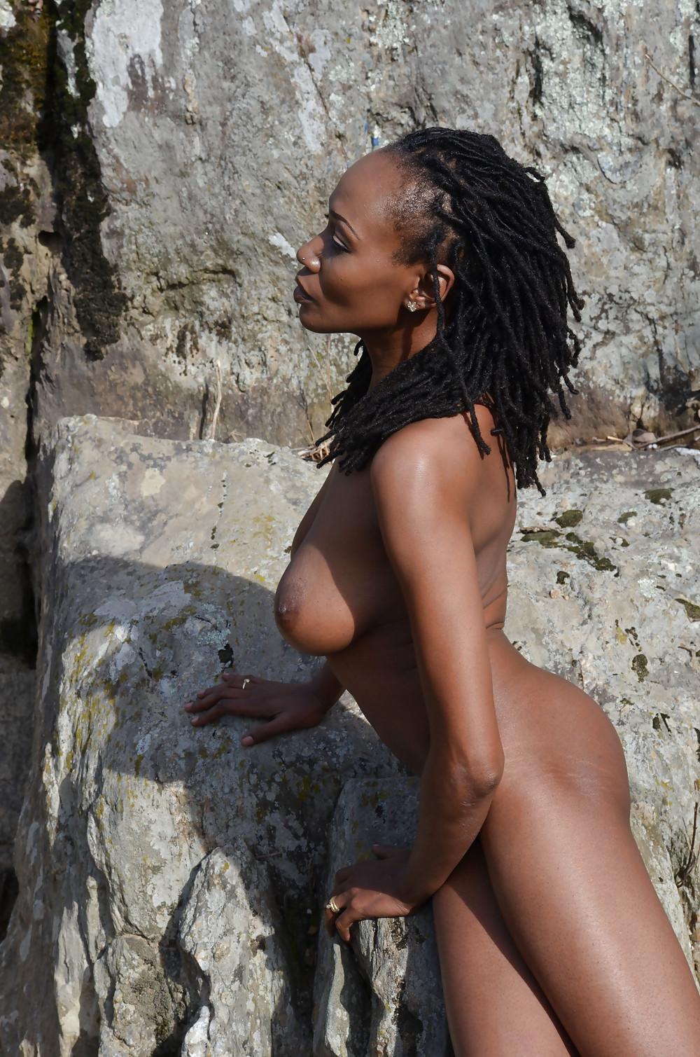 Black beach nunuporn xxx porn pics