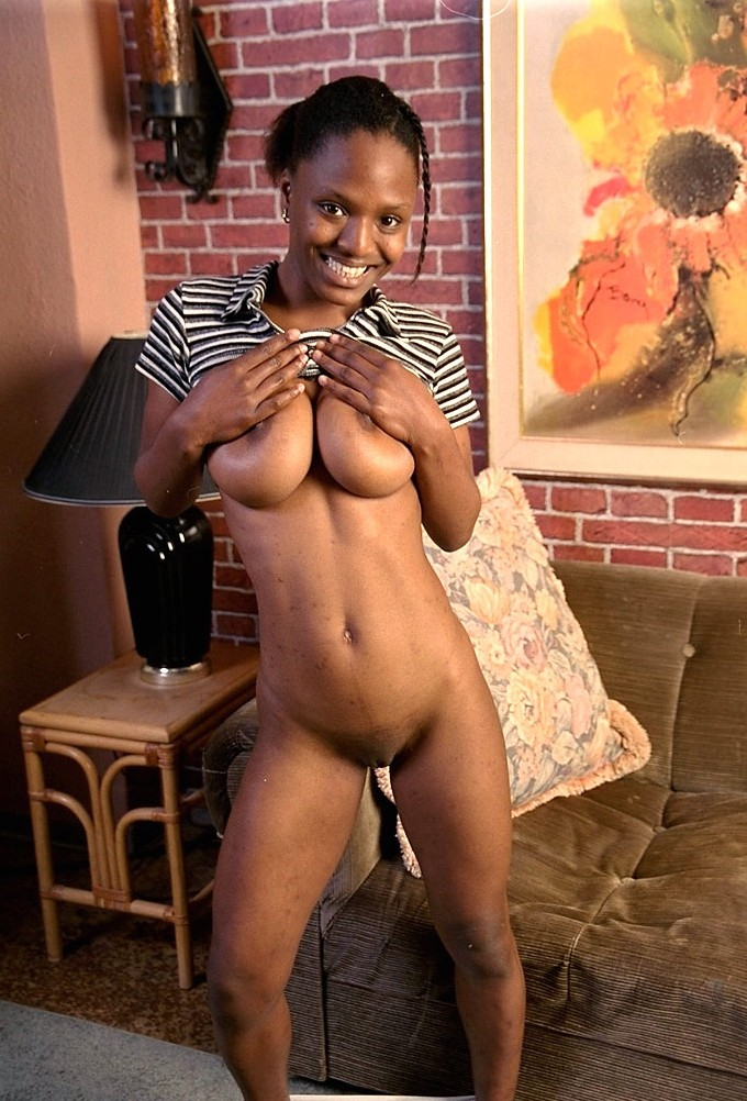 naked-pics-of-busty-sexy-ebony-females