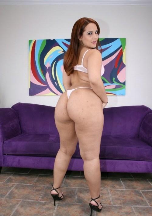 Booty Young Black Slut Victoria Allure Sucks Fat Ebony Cock Then Takes It In Her Cunt
